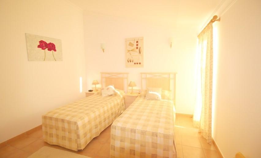 Apartamento T2 no Vila Sol com 3 Terraços.